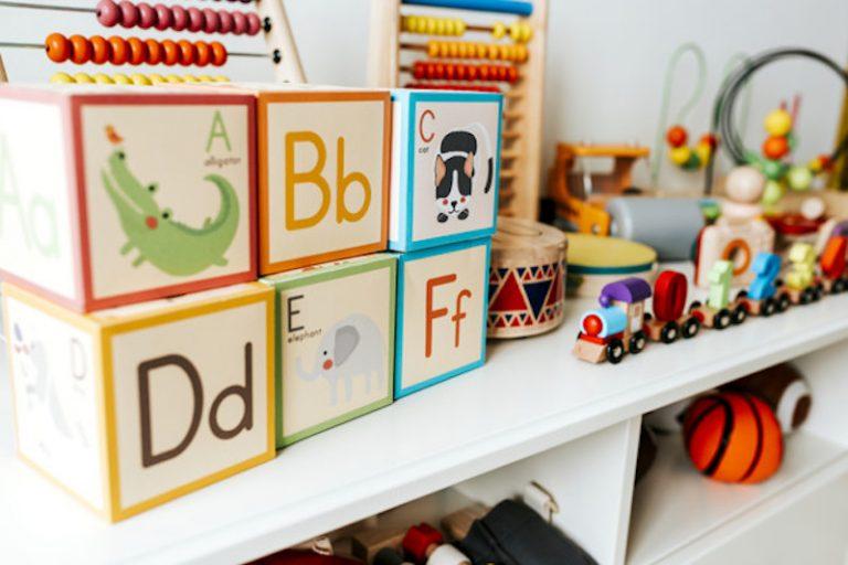 mainan-edukatif-anak-set-of-kid-toys